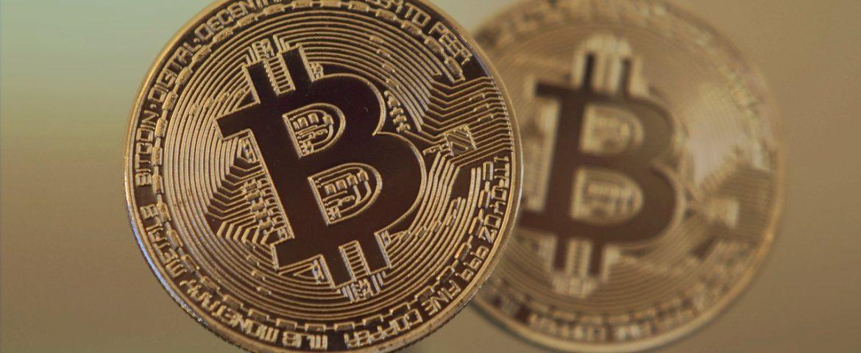 Bitcoin Extends Losses, Slips Below $14,000 On Bitstamp Exchange