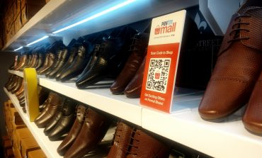 Paytm Launches Cashless Store in tie-up with Red Tape