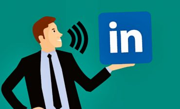 LinkedIn Brings In Voice Messaging Feature on Its Platform