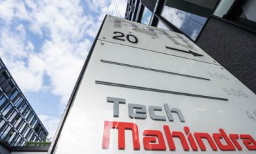 Tech Mahindra Reduces its Retirement Age to 55 Years