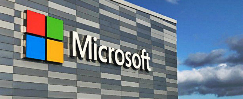 Microsoft Prohibited its employees from using Slack, AWS