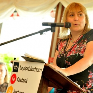 Claire Evans - rethinkyourmind Company Director