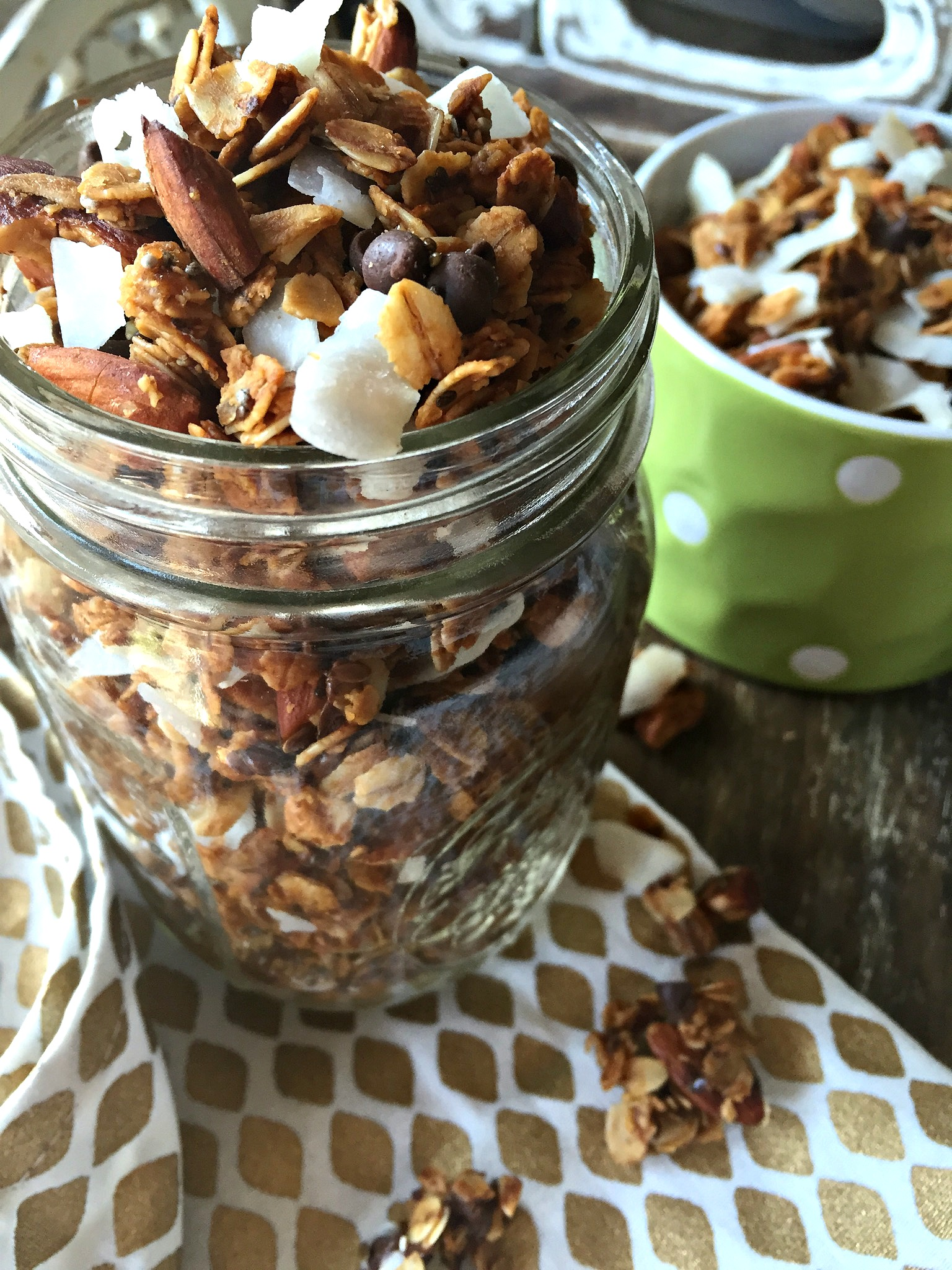 Honey-Roasted Almond, Coconut and Dark Chocolate Granola