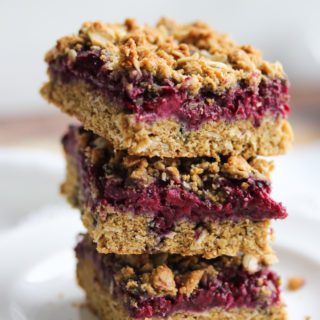 Whole Wheat Blackberry Oat Bars