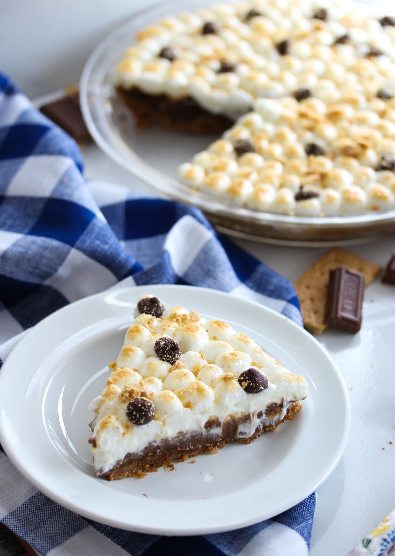 No Bake Healthier S'mores Pie | dishingouthealth.com