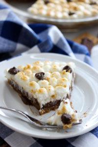 No-Bake Healthier S'mores Pie | dishingouthealth.com