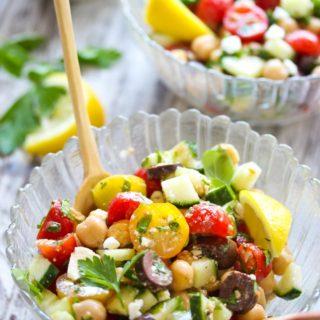 15 Minute Mediterranean Chickpea Salad