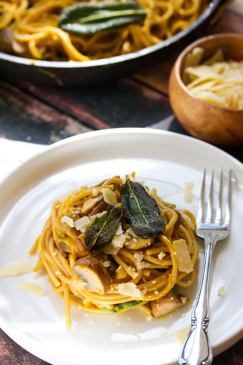 Pasta with Butternut Sauce and Mushrooms
