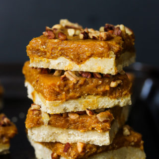 Raw Pumpkin Pie Bars