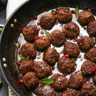 Beef and Bulgur Meatballs in Pomegranate Sauce