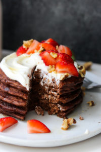 Flourless Blender Chocolate Pancakes (gluten free) | dishingouthealth.com