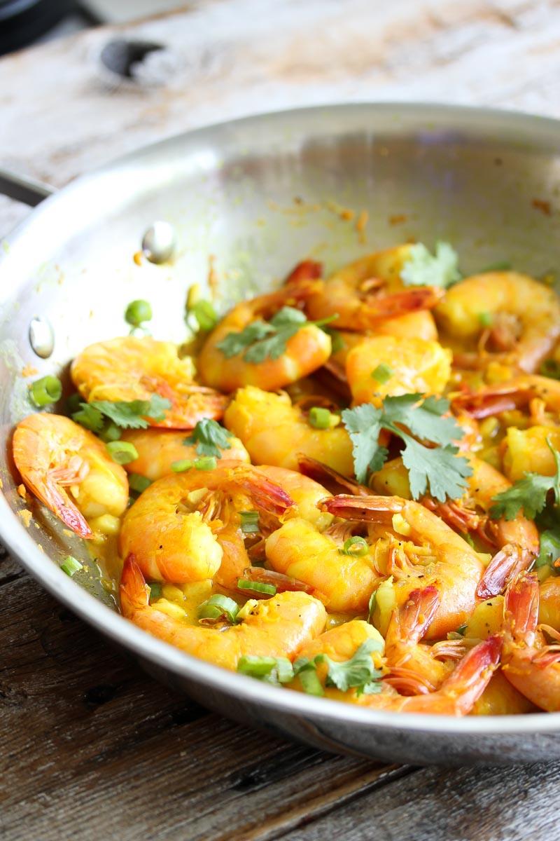 Shrimp in Turmeric-Lime Sauce | dishingouthealth.com
