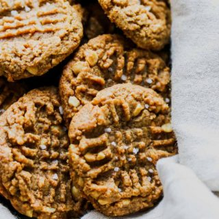 Flourless 5-Ingredient Peanut Butter Cookies