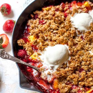 Strawberry-Nectarine Fruit Crisp with Ginger Streusel