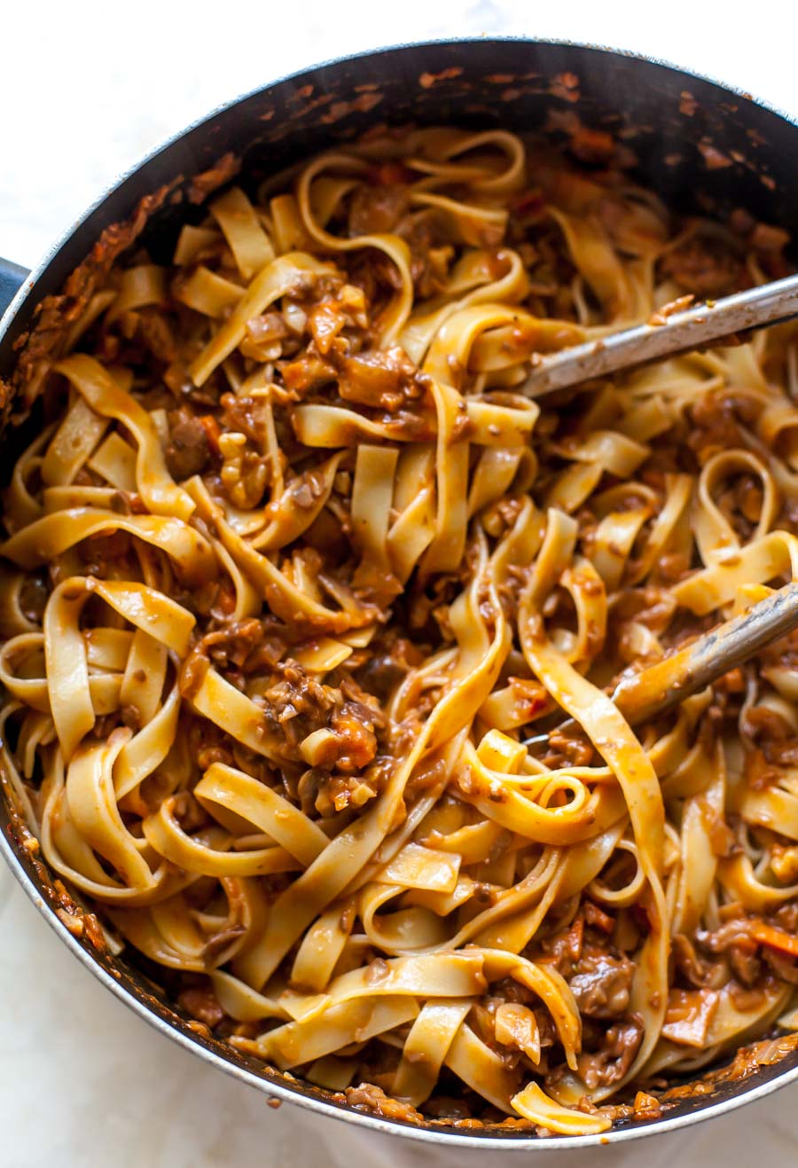 Pasta Bolognese with Mushrooms and Walnuts