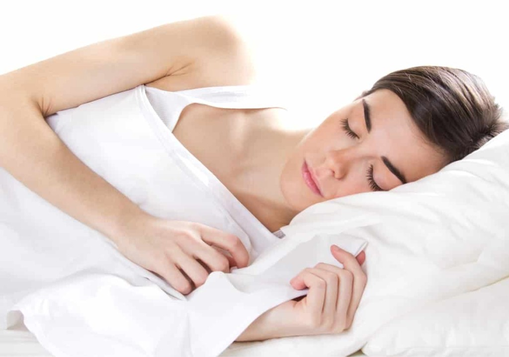 sleep-on-silk-pillow