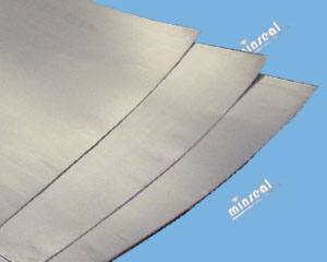 Graphite Sheet Laminate with Polyester Insert
