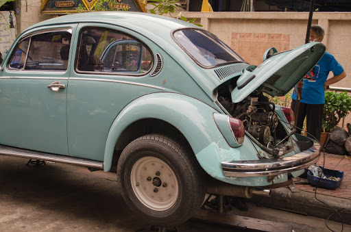 Broken VW car
