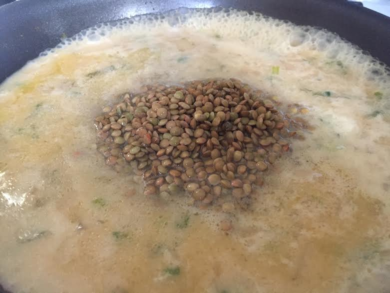 The lentils swimming in soup