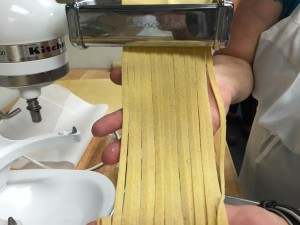 pasta cutting