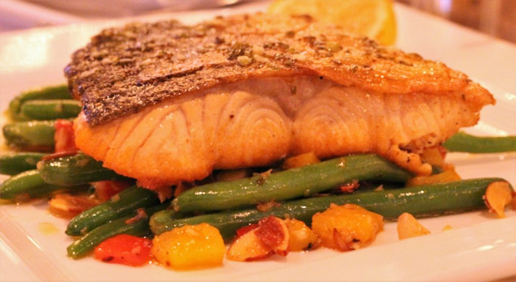 margarita, cosmopolitan, Table 13, Addison, Texas, steak, seafood, Sinatra. salmon