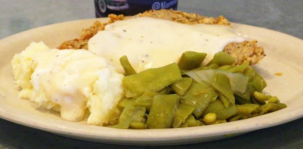 chicken fried steak, green beans, mashed potatoes, cream gravy, Norma's Cafe, north Dallas, comfort food