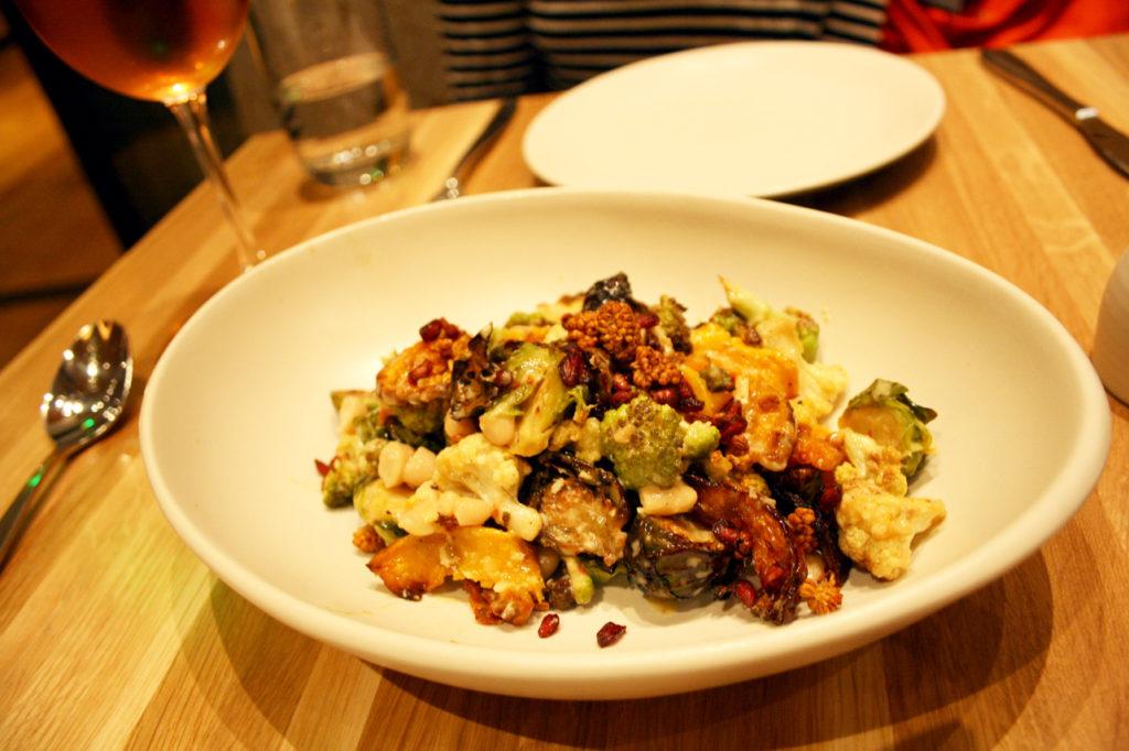 autumn-ingredient-salad
