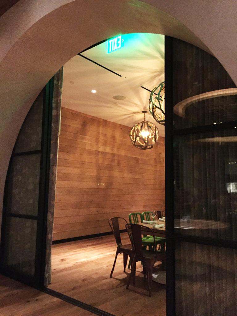 true-food-kitchen-interior2