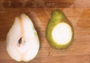 how-to-cut-the-pears