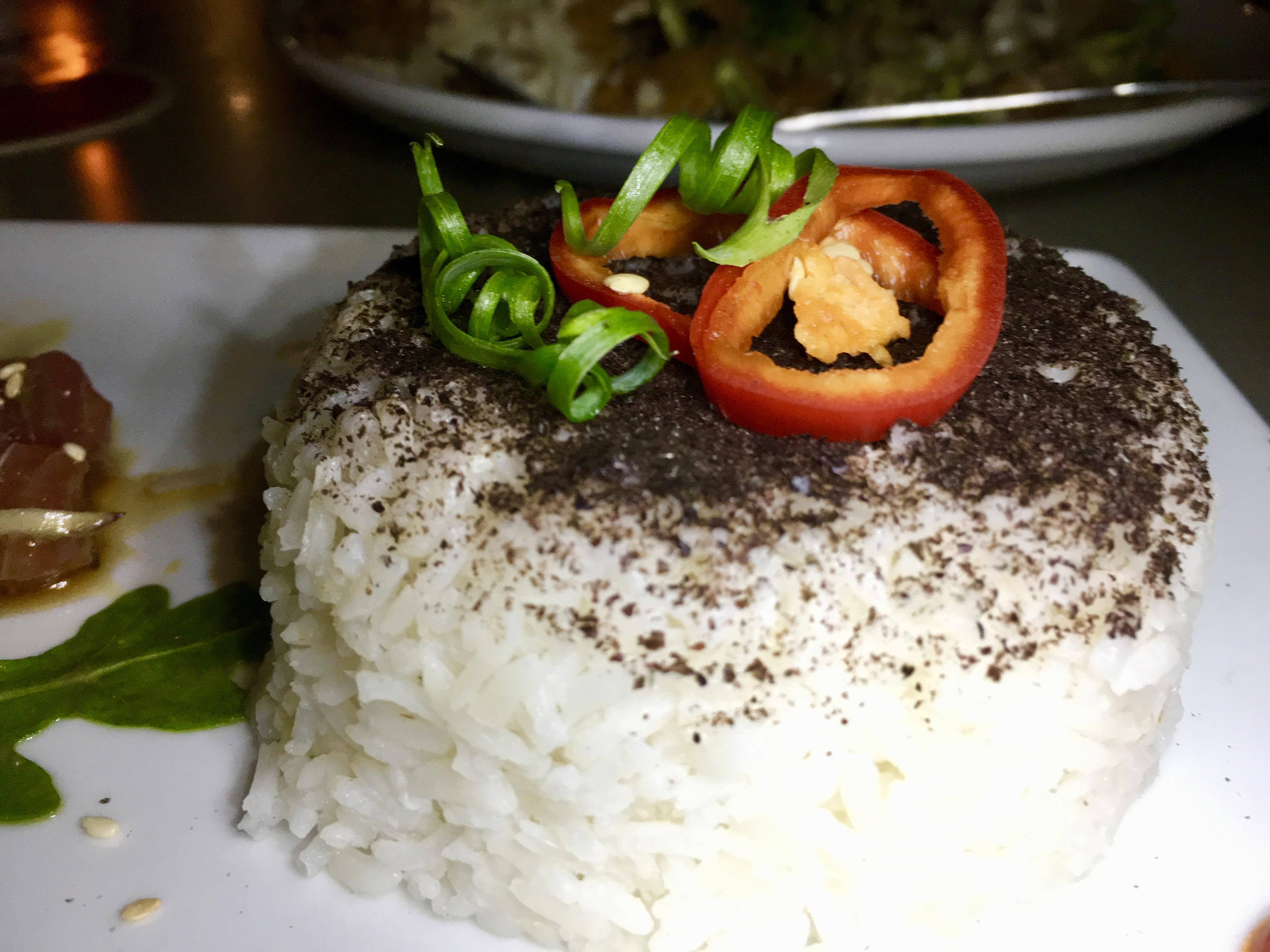 Lounge Here - Tuna Poke - East Dallas - The GG List - Girls on Food Blog