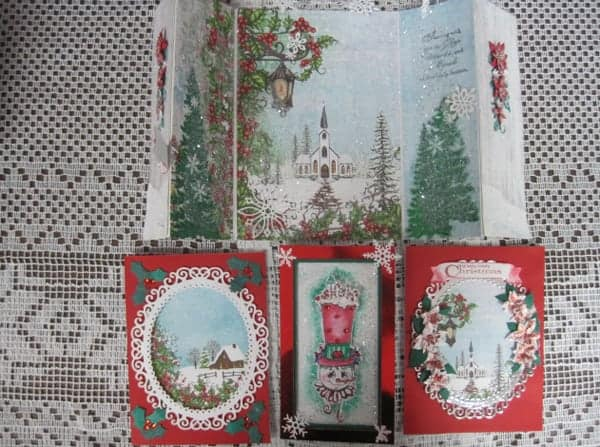 Dec. 8, Sat. 9:30 am   Heartfelt Christmas cards with Lynda