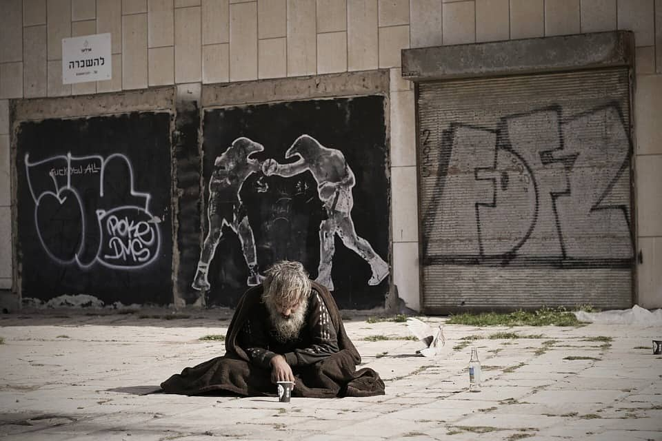 street-art-homeless