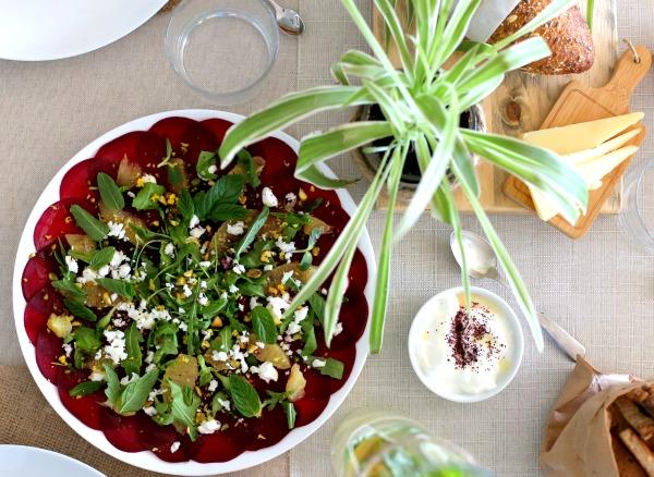 קרפצ'יו סלק בקלות ובסטייל _ הבלוג של אשת סטייל _ EshetStyle.com _ רעיונות לארוחת בוקר (צילום: טליה הדר)