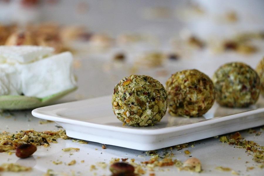 מתכון לכדורי גבינה מנה לשבועות