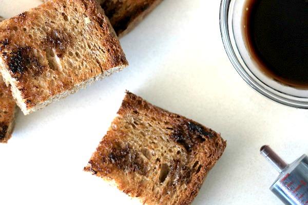 לחם קלוי