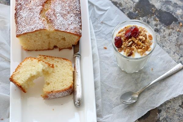 עוגה בחושה מעולה וקלה להכנה - מתכון מנצח - EshetStyle בלוג אוכל ואירוח (צילום: טליה הדר)