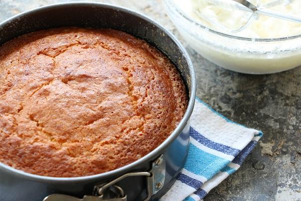 איך לקשט עוגת יום הולדת-טיפים מאמא פרקטית EshetStyle בלוג אוכל ואירוח (צילום: טליה הדר)