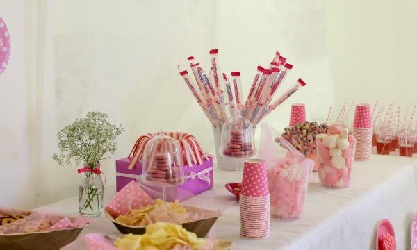 יום הולדת וורודה רעיונות לממתקים בוורוד - אירוח בסטייל - הבלוג של אשת סטייל EshetStyle (צילום: טליה הדר)