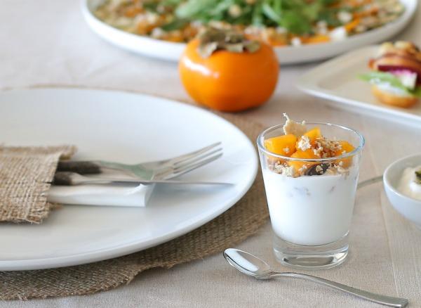 מה מגישים באירוח של ארוחת בוקר_כוסית מוזלי אישית_אירוח בסטייל (צילום: טליה הדר EshetStyle.com)