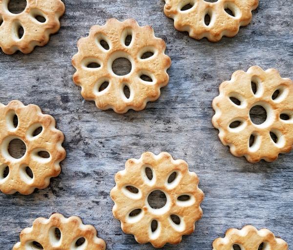קינוח מושלם עם עוגיות פסח_אירוח בסטייל_צילום: טליה הדר