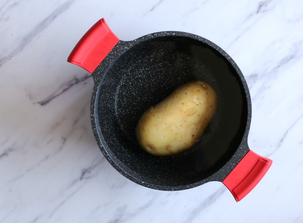 איך לקצר את זמן ההכנה של תפוח אדמה אפוי_הבלוג של אשת סטייל (צילום: טליה הדר)