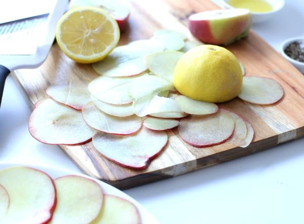 הגשת גבינות בסטיל_גבינות ופירות_אירוח בסטייל_שבועות (צילום: טליה הדר)_הבלוג אשת סטייל