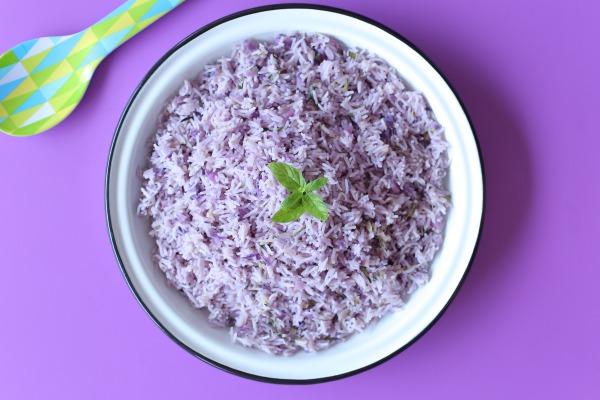 אורז סגול_אורז עם כרוב סגול_תוספת אורז מיוחדת_אירוח בסטייל_צילום ומתכון: טליה הדר