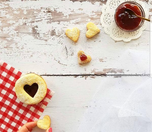 עוגיות לבבות עם ריבה_צילום טליה הדר מהבלוג אשת סטייל