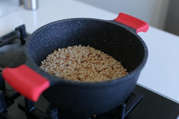 איך מכינים פשטידת פתיתים_צילום ומתכון: טליה הדר מהבלוג אשת סטייל