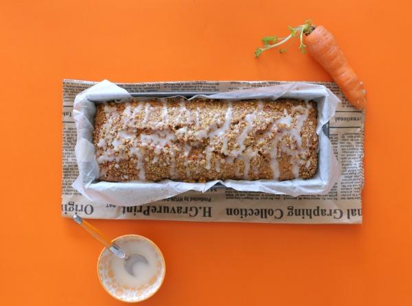 עוגת גזר בחושה_מתכון מושלם_בלי מיקסר_אירוח בסטייל_צילום ומתכון: טליה הדר מהבלוג אשת סטייל