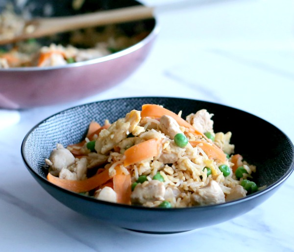 אורז עם ירקות_אורז תאילנדי_ארוחת צהריים מהירה לילדים ולמבוגרים_צילום ומתכון: טליה הדר אשת סטייל