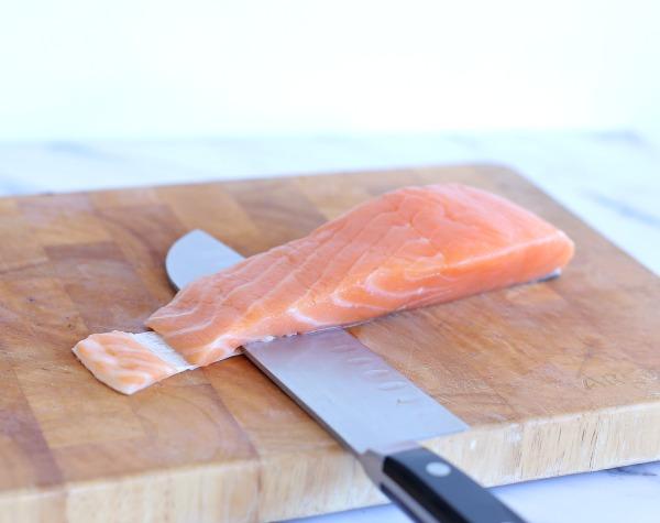 איך להפריד את העור מהדג בקלות_טליה הדר מהבלוג אשת סטייל