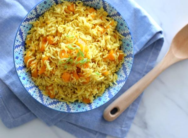 אורז עם דלעת בניחוח קארי_צהריים לילדים_צילום ומתכון טליה הדר אשת סטייל
