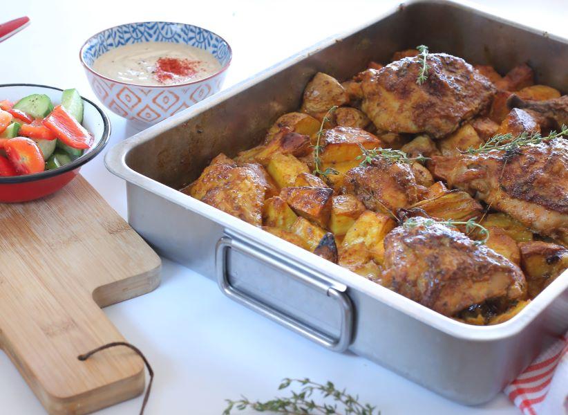 עוף עם תפוחי אדמה בתנור_צהריים מהיר לכל המשפחה_צילום ומתכון טליה הדר אשת סטייל